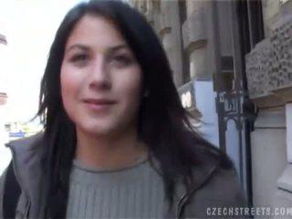 Čehi streets veronika blows loceklis par sīknauda
