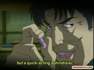 Cutie anime segaklass gets squeezed tema tissid ja perses poolt pervert