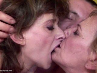 그룹 섹스, 할머니, 성숙