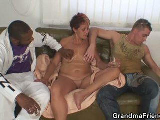 Lonely garry mama gets pounded by two buddies