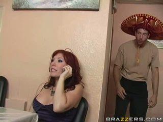 brunetta, grandi tette, slut