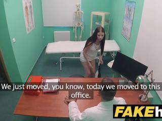 Fake হাসপাতাল ছিমছাম italians insomnia solved via যৌন এবং কাম swallowing