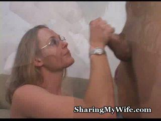Skuķēns hubby shares wifes karstās vāvere