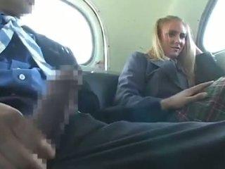 Dandy 171 blond studentská oděná žena nahý mužské zábava na autobus 1