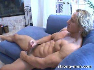 Anthony hardwood heteroseksuaalne bodybuilder alasti