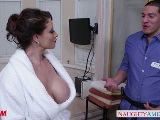 Napalone mama eva notty gives na hiszpana