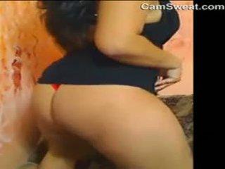Storas arabiškas mergaitė strips ir masturbates