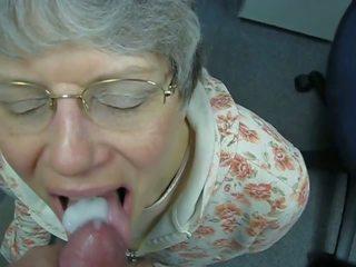 Oma liebt warmes sperma im mund, grátis porno c7