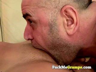Régi férfi jack fucks a lány következő ajtó