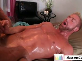 Massagecocks khas gluteus