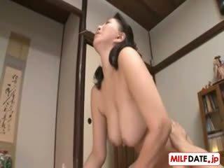 japonec, veľké prsia, hardcore
