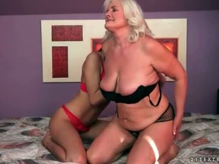 lesbiešu seksu, veciem un jauniem, hd porno