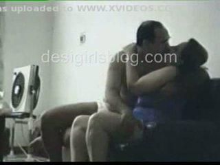 Indieši lawyer jāšanās viņa sekretāre uz dīvāns daļa 2