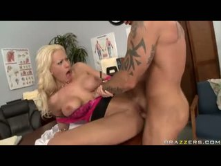 Sexbomb tanya james getting her reged cleft cracked by a bilingüe jock
