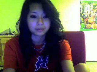 Aziāti pusaudze flashes mani par omegle