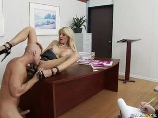 Doxyy White Doxy Holly Sampson Feels The Excited Thick Dick SliDing In Her Twat