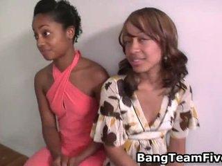 Porno en ligne baise équipe