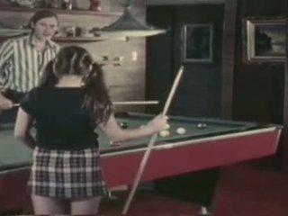 Sueca erótica - detrás la ate ball parte