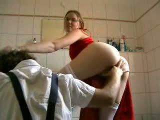 прецака, блондинка, plumber
