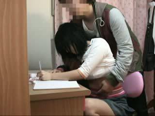 Spycam tenåring famlet av schoolcoach