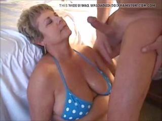 Michelle: emzikli içinde ağız & mini etek porn video 13