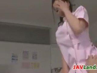 יפה יפני אחות plays עם a זין