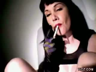 Smoking model got horny during break