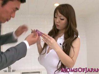 Oily Hitomi Tanaka takes bathroom pounding