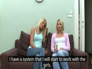 Fake agent neuken met two blondine babes