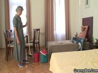 การทำความสะอาด donna has เธอ vulva filled เกือบ prick