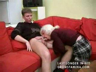 Babcia z saggy cycki gets fucked part1