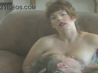 Mommy afton - mommy wants till foder ni