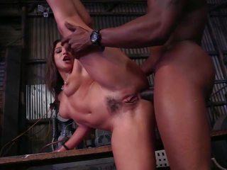 Abella gets ele fundo em anal inter-racial, porno b7