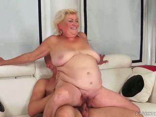 oud, grootmoeder, pijpbeurt