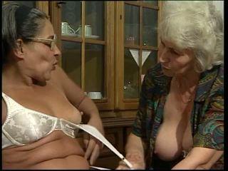 doppia penetrazione, nonna, dildo