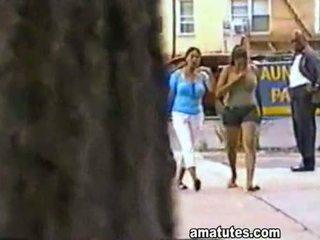 牙买加 mega 胸部
