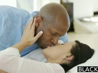 Blacked remaja beauty tries antara kaum dubur seks