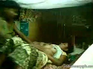 Desi sepupu sister perjalanan pada saudara di rumah alone - indiansexygfs.com
