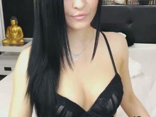 Piękne kamera laska dostać nagi i masturbate