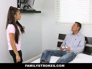 Familystrokes - मेरे stepsister गड़बड़ मेरे पिता और मेँ