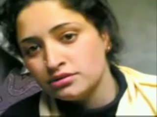 Indiškas kashmiri mergaitė giving čiulpimas ir dulkinimasis su bf