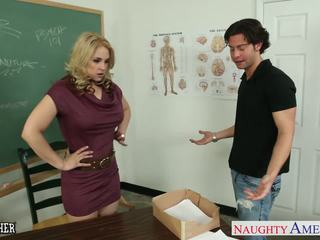 討厭 老師 sarah vandella 他媽的 在 課堂