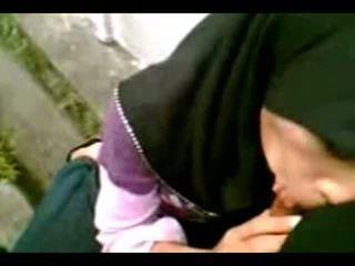 Arab Muslim Hijab Girl Suck Cook-sexyhijaber.com