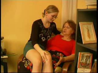 Mama predvajanje s hči ko mož goes out video