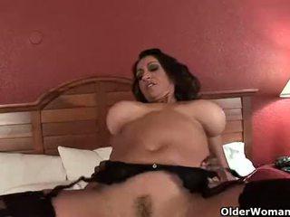 Mamalhuda milf gets ejaculação interna