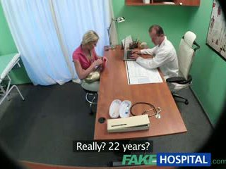 Fakehospital نحيل فتاة wants جنس مع الطبيب