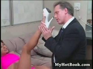 sex bằng miệng, bộ ngực to, tôn sùng chân