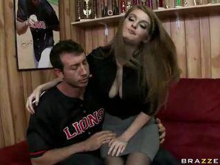Pornozvaigzne pirmais hardcore