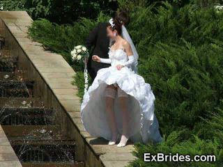 Casamento dia upskirts!