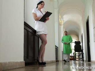 Infirmière abbie